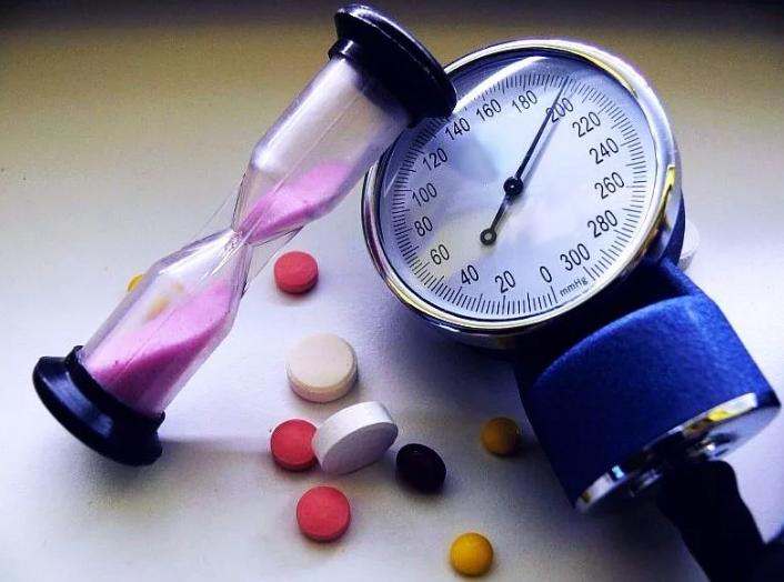 Заболевания водителей такси - Гипертоническая болезнь и высокое артериальное давление