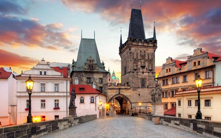 Как безопасно вызвать такси в Праге